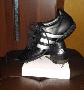 Бутсы спортивные Adidas,оригинал