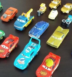 Продам коллекционные машинки из мультика Тачки