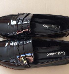 Туфли женские лакированные, размер 38-39