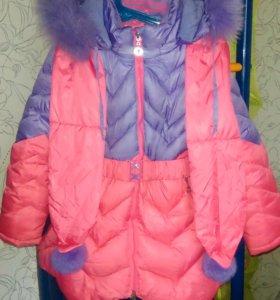 Зимнее пальто с шарфиком