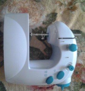 Швейная маленькая машинка Easy Stitch