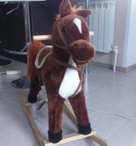 Лошадь -качалка