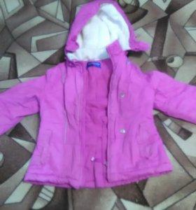 Курточка демисезонноя