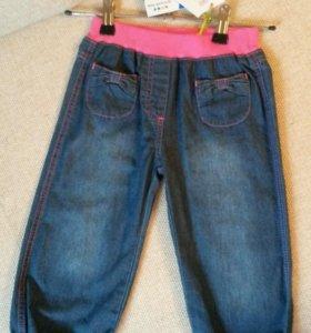 Новые джинсы для девочки 92р.