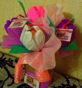 Букеты из конфет, денежные торты
