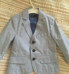 Модный пиджак/жакет на мальчика BENETTON