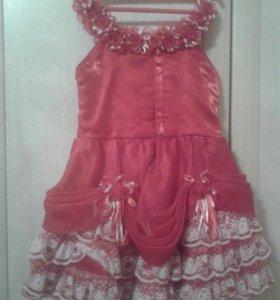 Очень нарядное платье для девочки на 2-3 года