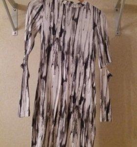Платье новое H&M р.44