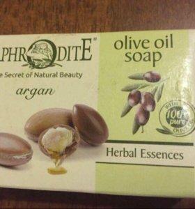 Натуральное оливковое мыло с аргановым маслом
