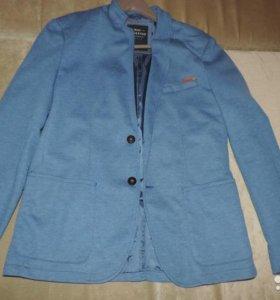 Продаю пиджак Reserved