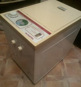 Продам машинку (рабочая) полуавтомат