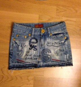 Юбка джинсовая с вышивками