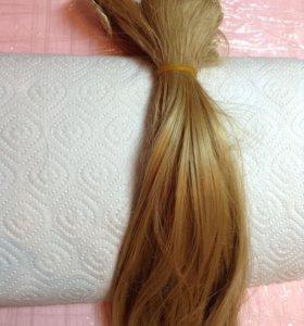 Волосы на заколках , пряди (б/у) термостойкие.