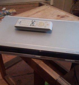 Продаем DVD Philips c караоки