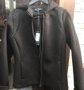 Куртка,толстовка,анорак