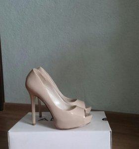 Туфли кожаные (38 размера)