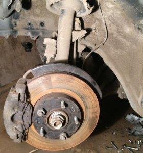 Амортизатор передний левый и правый Mazda 3 bL