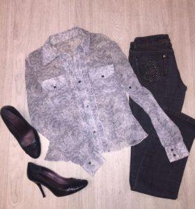 Блузка; джинсы