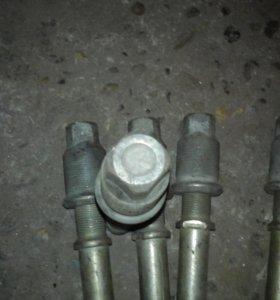 Шпилька с футоркой газ 3307