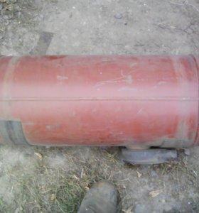 Газовый баллон(ваз 2105)