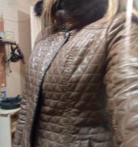 Куртка кожанная с песцом