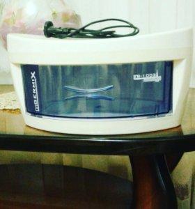 Ультрафиолетовый стерилизатор для расчесок