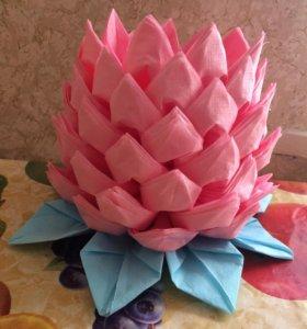 Цветок из салфеток