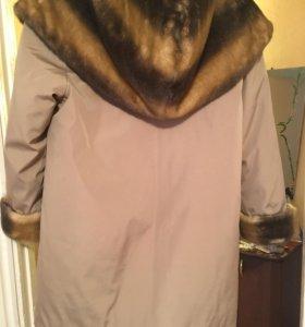 Куртка осенне-зимняя женская + перчатки