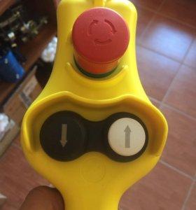 Пульт подвесной HP03 Италия