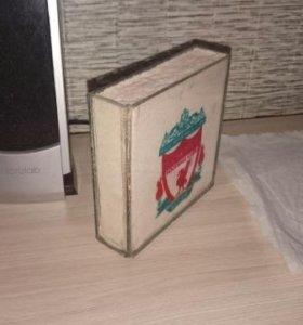 Рамка с рисунком ливерпуль