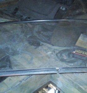 Лобовое стекло на москвич