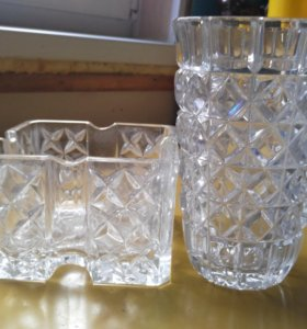 Ваза для сервировки стола и ваза для цветов (ямки)