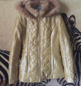 Теплая курточка на флисовом подкладе