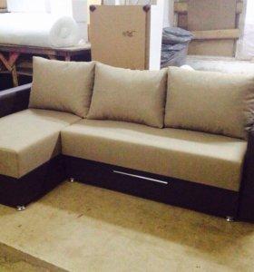 Угловой диван + 3 подушки