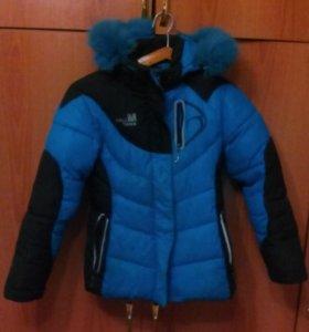 Куртка спортивная зимняя на девочку 9-12 лет