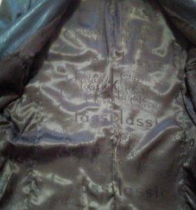 Пиджак кожа,в идеальном состоянии