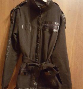 Курточка из трикотажа