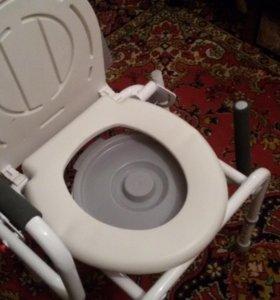 Стул-туалет для инвалидов.
