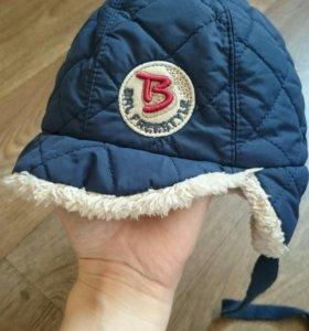 Новая шапка на меху,на 49 см.