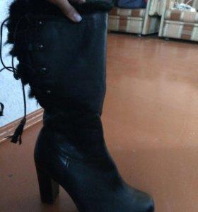 Обувь из кожи и меха натуральные