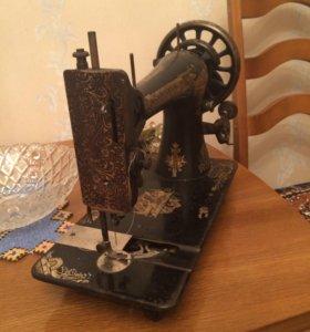Продаю швейную машину Singer