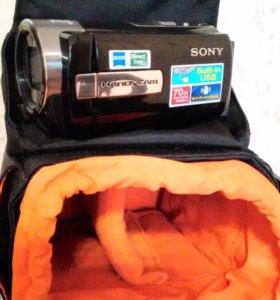 Цифровая видеокамера SONY  DCR-SX 45 E