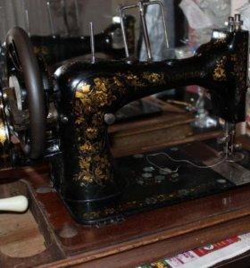 Продается швейная машинка фирмы Веритас