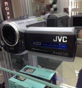 Видеокамера JVC GZ-MG135E