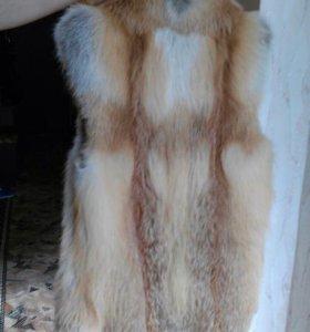Верхняя одежда , меховая жилетка