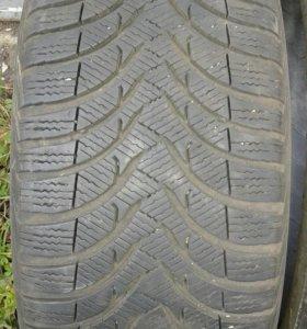 Продаю 2 шины,  Mishelin Alpin 225/45R17