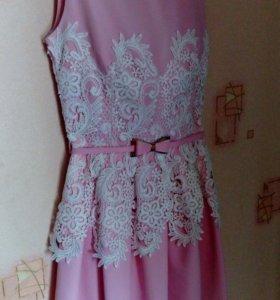 Платье!одевалось 1 раз