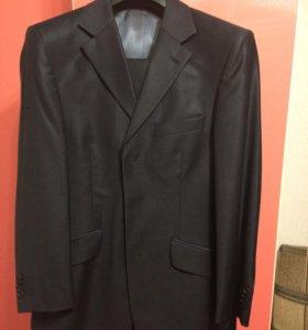 Продаю костюм!!!Торг!!!