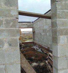 Продам участок с недостроеным домом и гаражем