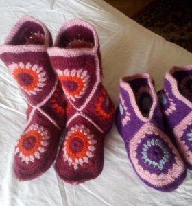 Носки,сапожки ,цена от размера.